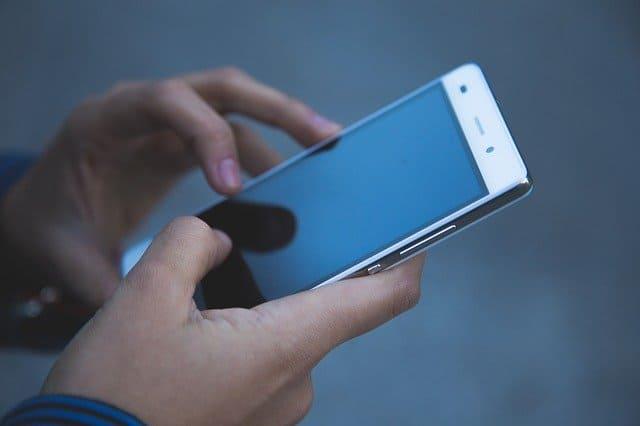 Social Rules Cell Phone  स्कूलों में सेल फोन के उपयोग
